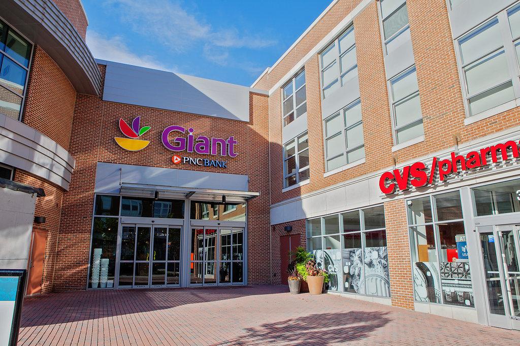 Giant Food Store 2379 Crisak